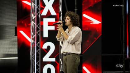 X Factor, Enrico sorprende Emma con la sua voce, ma non passa il turno