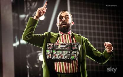 """Elio a X Factor duetta con N.A.I.P., """"La canzone mononota"""". VIDEO"""