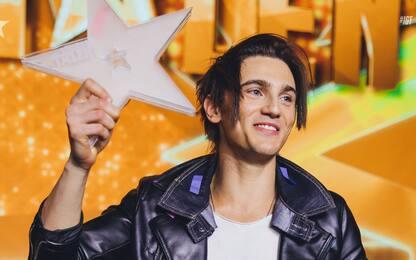 Stefano Bronzato conquista la finale di Italia's Got Talent. VIDEO