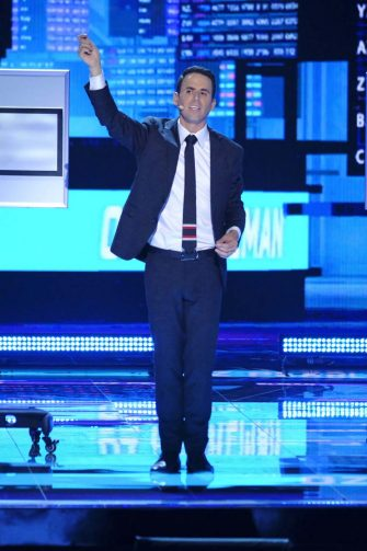 """AMERICA'S GOT TALENT: THE CHAMPIONS -- """"The Champions Two"""" Episode 201 -- Pictured: Oz Pearlman -- (Photo by: Trae Patton/NBC)"""