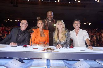 """AMERICA'S GOT TALENT: THE CHAMPIONS -- """"The Champions Finale Results"""" Episode 207 -- Pictured: (l-r) Howie Mandel, Alesha Dixon, Terry Crews, Heidi Klum, Simon Cowell -- (Photo by: Trae Patton/NBC)"""
