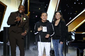 """AMERICA'S GOT TALENT: THE CHAMPIONS -- """"The Champions Finale Results"""" Episode 207 -- Pictured: (l-r) Terry Crews, Kodi Lee -- (Photo by: Trae Patton/NBC)"""