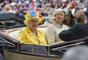 ASCOT, ENGLAND - JUNE 19: Queen Elizabeth II and Princess Anne, Princess Royal arrive on day 1 of Royal Ascot at Ascot Racecourse on June 19, 2018 in Ascot, England.  (Photo by Kirstin Sinclair/Getty Images for Ascot Racecourse)