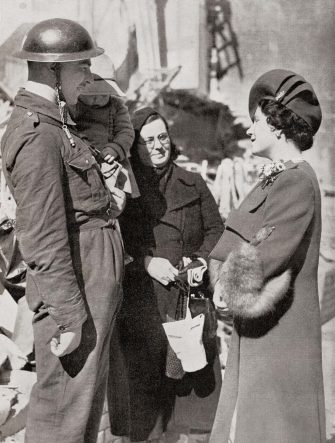 KHMA08 Queen Elizabeth visiting Britain's bombed towns during WWII, seen here in Plymouth.  Queen Elizabeth, The Queen Mother.  Elizabeth Angela Marguerite Bowes-Lyon, 1900 Â  2002.  Wife of King George VI and mother of Queen Elizabeth II.