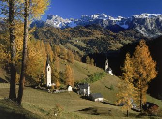 A view of Sesto in the Dolomite mountains, Italy, circa 1980.  (Photo by Marka/Getty Images)