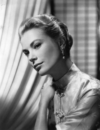 American actress Grace (Patricia) Kelly, later Princess Grace of Monaco (1929 - 1982).    (Photo by Keystone/Getty Images)