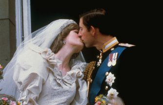 (Original Caption) Wedding of Prince Charles and Lady Diana Spencer. Shows the famous kiss on the balcony of Buckingham Palace, after ceremony.