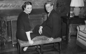 The Duke (1894 - 1972) and Duchess (1896 - 1986) of Windsor spend the New Year at the Villa La Croe near Cap d'Antibes, on the French Riviera, 1st January 1939. (Photo by Fox Photos/Hulton Archive/Getty Images)