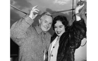 British stage actor and radio presenter Hubert Gregg at London Dock with his wife, actress Patricia Kirkwood, 19th March 1962. They are leaving to start their new life in the Algarve, Portugal. (Photo by Keystone/Hulton Archive/Getty Images)