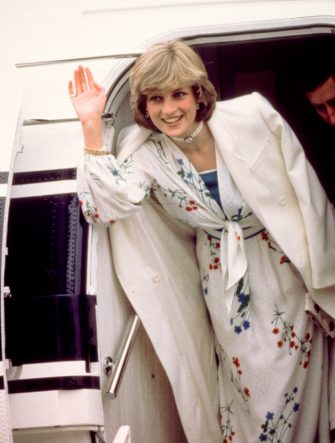 Prince Charles and Diana, Princess of Wales (1961 - 1997) leave Eastleigh airport in Hampshire at the start of their honeymoon, August 1981. She is wearing a Donald Campbell dress. (Photo by Kypros/Getty Images)