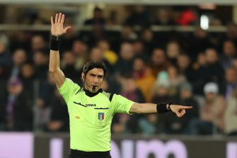 FLORENCE, ITALY - FEBRUARY 22: Gianpaolo Calvarese referee gestures during the Serie A match between ACF Fiorentina and  AC Milan at Stadio Artemio Franchi on February 22, 2020 in Florence, Italy.  (Photo by Gabriele Maltinti/Getty Images)