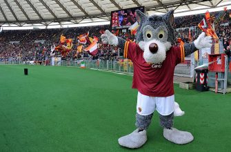 ROME, ITALY - JANUARY 12:  Romolo mascotte of Roma during the Serie A match between AS Roma and Genoa CFC at Stadio Olimpico on January 12, 2014 in Rome, Italy.  (Photo by Giuseppe Bellini/Getty Images)