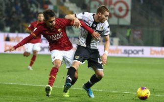 Parma's Dejan Kulusevski    (R) and Roma's Cengiz Under    (L) in action during the Italian Serie A soccer match Parma Calcio vs AS Roma at Ennio Tardini stadium in Parma, Italy, 10 November 2019. ANSA / SERENA CAMPANINI