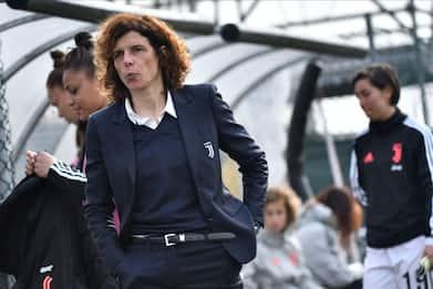 Calcio, Figc: la Serie A femminile non riprenderà