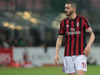 MILAN, ITALY - APRIL 08:  Leonardo Bonucci of AC Milan looks on during the serie A match between AC Milan and US Sassuolo at Stadio Giuseppe Meazza on April 8, 2018 in Milan, Italy.  (Photo by Emilio Andreoli/Getty Images)