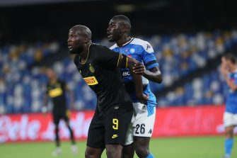 NAPLES - JUNE 13: Romelu Lukaku of Internazionale, Kalidou Koulibaly of Napoli during the semi final second match of the Coppa Italia between SCC Napoli and Internazionale on June 13, 2020 in Naples, Italy (Photo by Ciro Santagelo/BSR Agency/Getty Images)