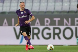 FLORENCE, ITALY - JUNE 22: Franck Ribery of ACF Fiorentina in action during the Serie A match between ACF Fiorentina and  Brescia Calcio at Stadio Artemio Franchi on June 22, 2020 in Florence, Italy.  (Photo by Gabriele Maltinti/Getty Images)