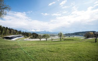 epa08387461 A general view of the Red Bull Ring circuit in Spielberg, Austria, 27 April 2020. Formula 1 Group CEO Chase Carey posted a statement on the Formula 1 website on 27 April 2020 saying that the series is targeting to start the season by the beginning of July with the Austrian Grand Prix in Spielberg on 3-5 July being the first race. Due to the ongoing pandemic of the COVID-19 disease caused by the SARS-CoV-2 coronavirus the races are planned to take place without spectators.  EPA/CHRISTIAN BRUNA