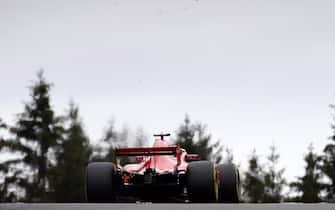 epa06974837 German Formula One driver Sebastian Vettel of Scuderia Ferrari in action during the 2018 Formula One Grand Prix of Belgium, at the Spa-Francorchamps race track near Francorchamps, Belgium, 26 August 2018.  EPA/VALDRIN XHEMAJ