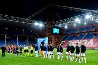GENOA, ITALY - JUNE 30: Teams line-up before the Serie A match between Genoa CFC and Juventus FC at Stadio Luigi Ferraris on June 30, 2020 in Genoa, Italy. (Photo by Paolo Rattini/Getty Images)