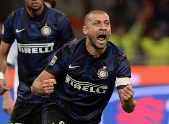 MILAN, ITALY - FEBRUARY 09:  Walter Samuel of FC Inter celebrates scoring the first goal during the Serie A match between FC Internazionale Milano and US Sassuolo Calcio at San Siro Stadium on February 9, 2014 in Milan, Italy.  (Photo by Claudio Villa/Getty Images)