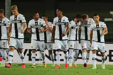 Serie A, un caso positivo nel Parma: squadra in isolamento