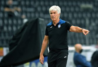 UDINE, ITALY - JUNE 28:  Gian Piero Gasperini head coach of Atalanta BC gestures during the Serie A match between Udinese Calcio and Atalanta BC at Stadio Friuli on June 28, 2020 in Udine, Italy.  (Photo by Alessandro Sabattini/Getty Images)