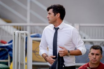 MILAN, ITALY - JUNE 28: Coach Paulo Fonseca of AS Roma  during the Italian Serie A   match between AC Milan v AS Roma at the San Siro on June 28, 2020 in Milan Italy (Photo by Mattia Ozbot/Soccrates/Getty Images)