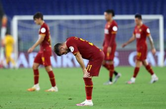 ROME, ITALY - JULY 02: (BILD ZEITUNG OUT) Carles Perez of AS Roma looks dejected after the Serie A match between AS Roma and Udinese Calcio at Stadio Olimpico on July 2, 2020 in Rome, Italy. (Photo by Matteo Ciambelli/DeFodi Images via Getty Images)