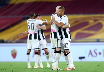 ROME, ITALY - JULY 02: (BILD ZEITUNG OUT) Bram Nuytinck of Udinese Calcio and Sebastian De Maio of Udinese Calcio celebrate after winning the Serie A match between AS Roma and Udinese Calcio at Stadio Olimpico on July 2, 2020 in Rome, Italy. (Photo by Matteo Ciambelli/DeFodi Images via Getty Images)