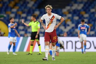 NAPLES, ITALY - JULY 05: Nicolò Zaniolo of AS Roma stands disappointed after the Serie A match between SSC Napoli and  AS Roma at Stadio San Paolo on July 05, 2020 in Naples, Italy. (Photo by Francesco Pecoraro/Getty Images)