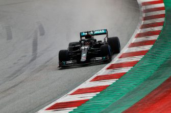 SPIELBERG, AUSTRIA - JULY 11: Lewis Hamilton of Great Britain driving the (44) Mercedes AMG Petronas F1 Team Mercedes W11 on track during qualifying for the Formula One Grand Prix of Styria at Red Bull Ring on July 11, 2020 in Spielberg, Austria. (Photo by Leonhard Foeger/Pool via Getty Images)