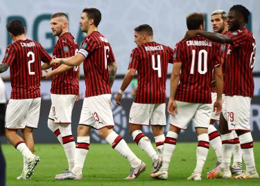MILAN, ITALY - JULY 18:  Ante Rebic (2nd L) of AC Milan celebrates his goal with his team-mates during the Serie A match between AC Milan and Bologna FC at Stadio Giuseppe Meazza on July 18, 2020 in Milan, Italy.  (Photo by Marco Luzzani/Getty Images)