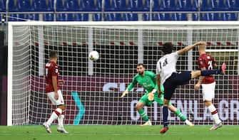 Grandissimo sinistro di Tomiyasu all'incrocio. Milan-Bologna 2-1
