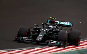 BUDAPEST, HUNGARY - JULY 18: Valtteri Bottas of Finland driving the (77) Mercedes AMG Petronas F1 Team Mercedes W11 on track during qualifying for the F1 Grand Prix of Hungary at Hungaroring on July 18, 2020 in Budapest, Hungary. (Photo by Bryn Lennon/Getty Images)
