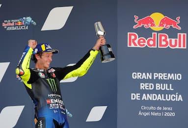 Moto Gp d'Andalusia, Valentino Rossi terzo ma con polemica