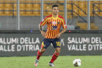 LECCE, ITALY - JULY 22: Filippo Falco of Lecce during the Serie A match between US Lecce and  Brescia Calcio at Stadio Via del Mare on July 22, 2020 in Lecce, Italy. (Photo by Maurizio Lagana/Getty Images)