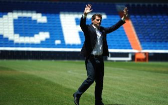 MADRID, SPAIN - JULY 13:  Iker Casillas waves to fans at the Santiago Bernabeu stadium after attending a press conference to announce that he will be leaving Real Madrid on July 13, 2015 in Madrid, Spain.  (Photo by Denis Doyle/Getty Images)