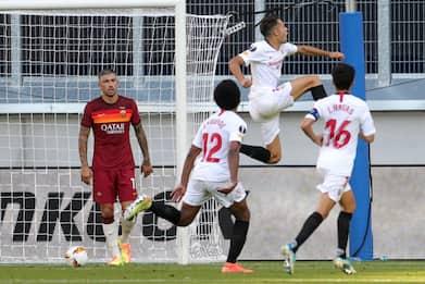 Europa League, Siviglia-Roma 2-0: giallorossi eliminati. FOTO
