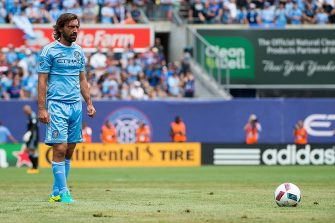 NEW YORK, NY - JULY 03: Midfielder Andrea Pirlo #21 of New York City FC takes a free kick during the match vs New York Red Bulls at Yankee Stadium on July 3, 2016 in New York City. New York City FC defeats New York Red Bulls 2-0. (Photo by Michael Stewart/Getty Images)
