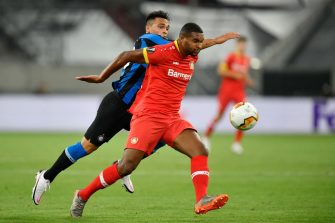 DUESSELDORF, GERMANY - AUGUST 10: Jonathan Tah of Bayer Leverkusen is challenged by Lautaro Martínez of Inter Milan during the UEFA Europa League Quarter Final between FC Internazionale and Bayer 04 Leverkusen at Merkur Spiel-Arena on August 10, 2020 in Duesseldorf, Germany. (Photo by Martin Meissner/Pool via Getty Images)