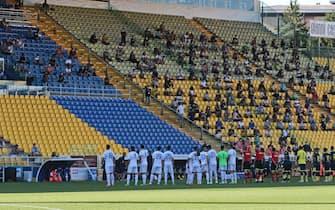 L'ingresso in campo delle squadre la partita amichevole Parma Calcio vs Empoli FC allo stadio Ennio Tardini di Parma primo stadio a riaprire al pubblico dopo il lockdown. Parma, 6 Settembre 2020. ANSA / ELISABETTA BARACCHI