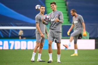 Atletico Madrid's Spanish forward Alvaro Morata (C) attends a training session at the Jose Alvalade stadium in Lisbon on August 12, 2020 on the eve of the UEFA Champions League quarter-final football match between Leipzig and Atletico Madrid. (Photo by LLUIS GENE / AFP) (Photo by LLUIS GENE/AFP via Getty Images)