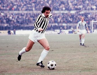 Franco Causio of Juventus in action during the Serie A 1976-77, Italy. (Photo by Alessandro Sabattini/Getty Images)