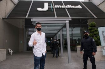 TURIN, ITALY - SEPTEMBER 22: Alvaro Morata new player of Juventus FC wearing a  protective mask pose for photo arrives at Jmedical for Juventus FC Medical Tests on September 22, 2020 in Turin, Italy. (Photo by Stefano Guidi/Getty Images)