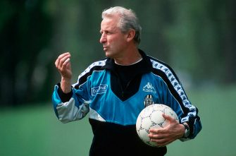TURIN, ITALY - APRIL 7: Head coach Giovanni Trapattoni of Juventus Turin gestures during the Training Session on April 7, 1994 in Turin, Italy. (Photo by Beate Mueller/Bongarts/Getty Images)