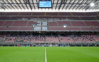 I primi spettatori ammessi ad accedere allo Stadio dopo il lock-down durante l'amichevole Inter vs Pisa, allo Stadio Meazza di Milano il 19 Settembre 2020. ANSA/ROBERTO BREGANI