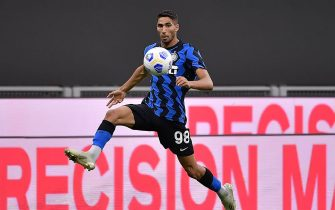 MILAN, ITALY - SEPTEMBER 19: Achraf Hakimi of FC Internazinale  during the    match between Internazionale v Pisa at the Stadio Giuseppe Meazza on September 19, 2020 in Milan Italy (Photo by Mattia Ozbot/Soccrates/Getty Images)