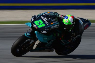 MotoGp, qualifiche Gp di Catalogna; Morbidelli in pole, terzo Rossi