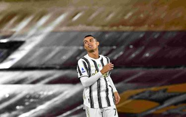 Juventus' Portuguese forward Cristiano Ronaldo looks on during the Italian Serie A football match Roma vs Juventus on September 27, 2020 at the Olympic stadium in Rome. (Photo by Tiziana FABI / AFP) (Photo by TIZIANA FABI/AFP via Getty Images)